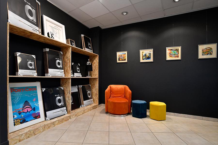 50Nuances-de-cadres-espace-vente-exposition